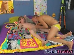 Gay bar porn torrent Kayden Daniels and Preston Andrews are